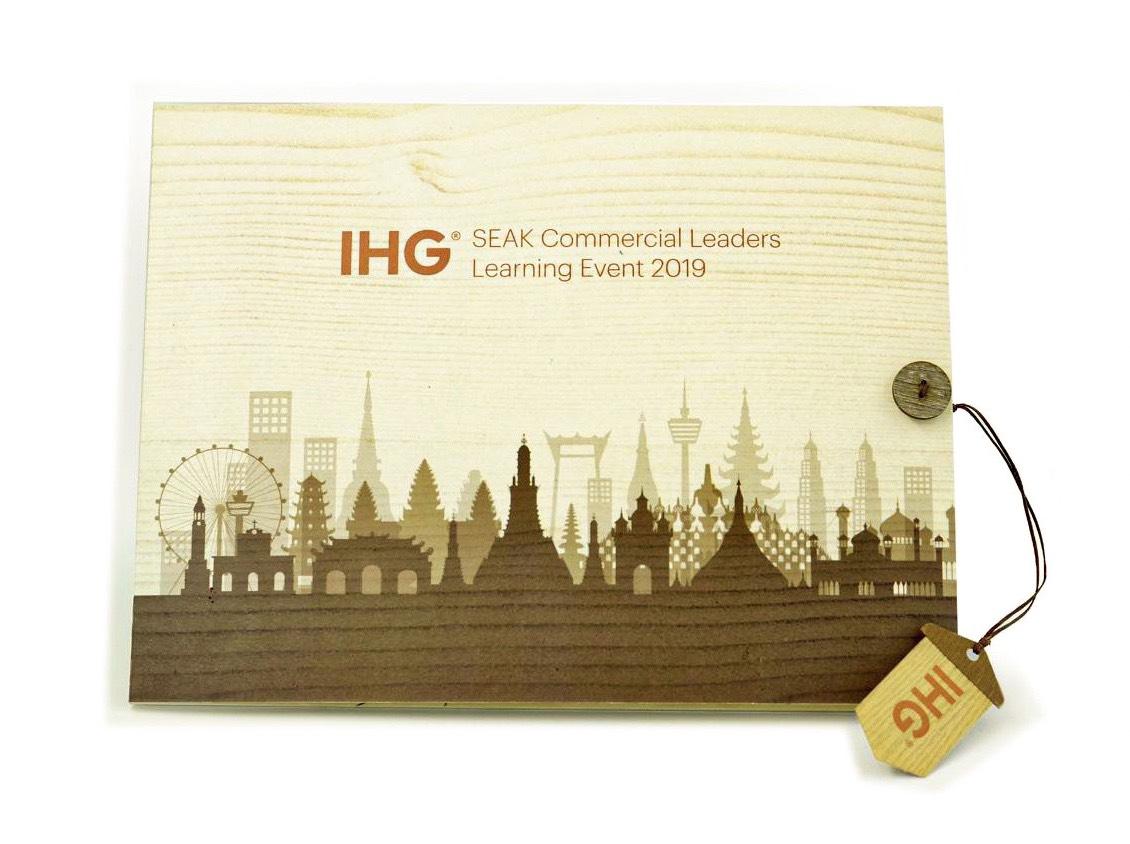 bìa thiệp popup IHG