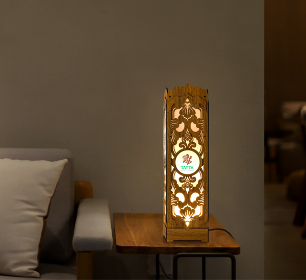 Hộp đựng rượu TAYTA có gắn đèn chiếu sáng để trang trí, hay một chiếc mô hình 3D có thể phát sáng làm đẹp cho không gian căn phòng,…