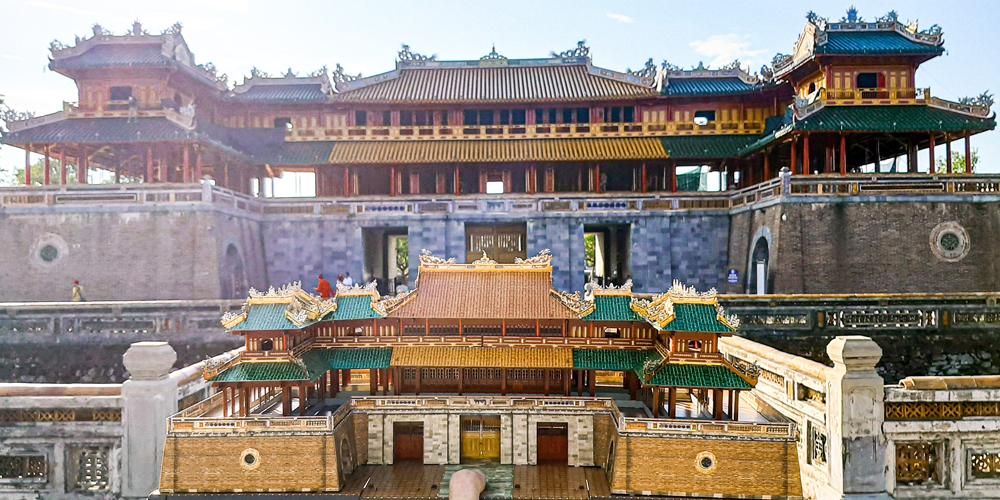 Bộ lắp ráp Ngọ Môn Huế mang nét đẹp kiến trúc cung đình Triều Nguyễn nổi bật